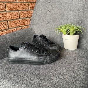 CONVERSE Chuck Taylor All Star Leather Low Tops